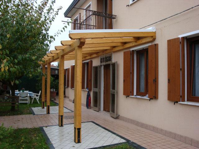 Tettoie con tende motorizzate venezia lino quaresimin maerne di martellago - Tettoie in legno ...
